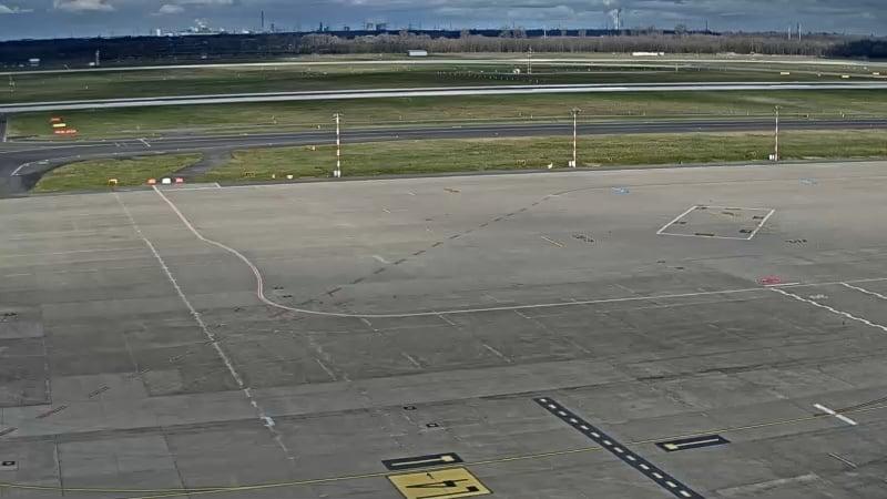 Düsseldorf airport Apron